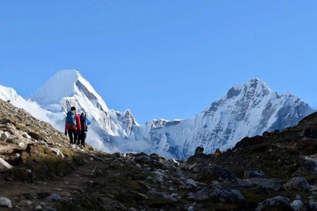 jiri to everest base camp trek altitude profile
