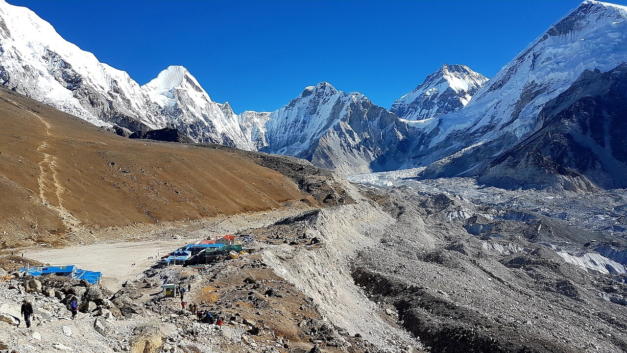 Gokyo Ri with Everest Base Camp
