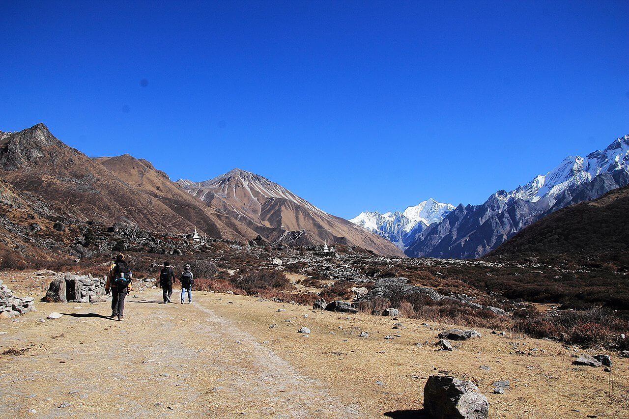 Guided VS Independent Trek Langtang